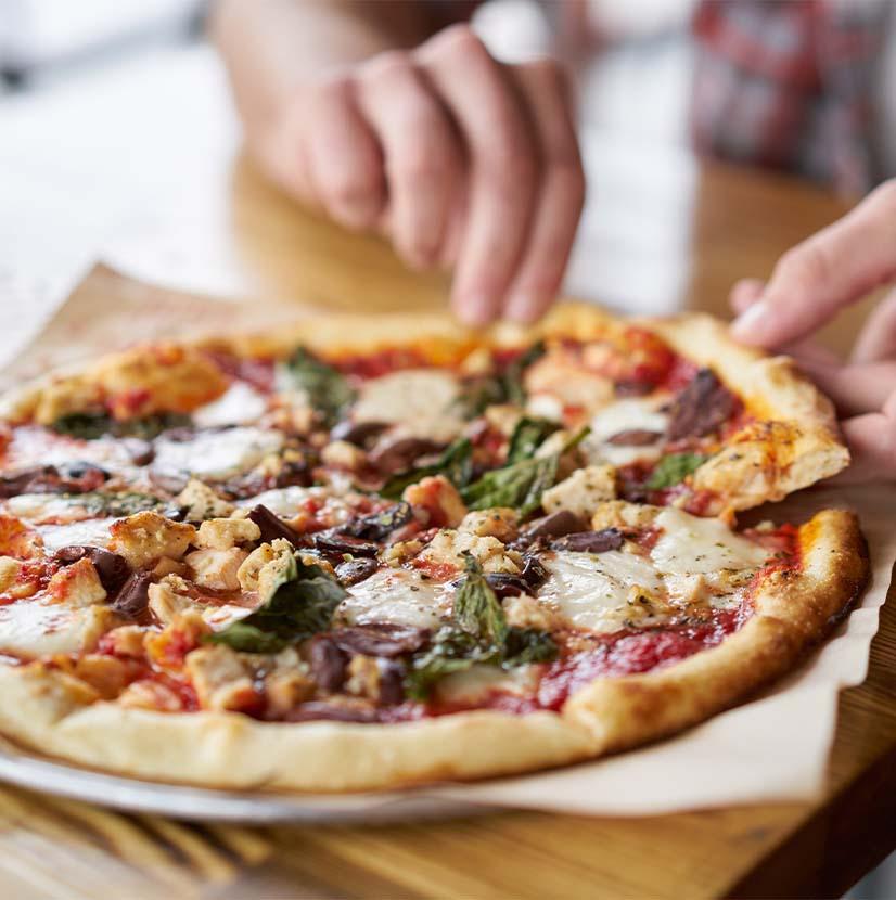 Lagat hemmagjord pizza på korttids Berga Backe